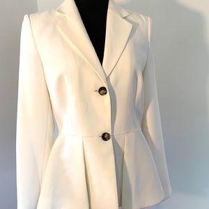 Winter white/creme DKNY blazer sz 6